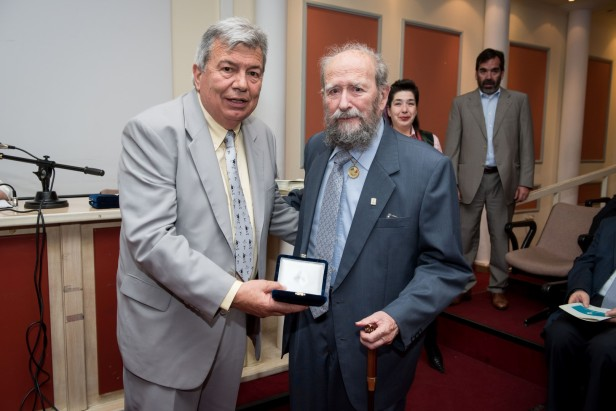 Photo caption Michalis Tsironis (right) receiving the Hellenic Philatelic Society medal in 2013